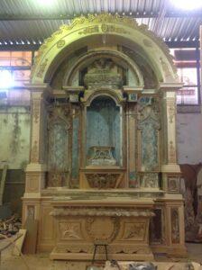 altar restaurado