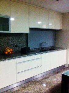 exemplo cozinha termolaminado beje