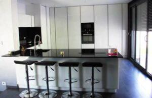 exemplo cozinha vidro lacado extra claro