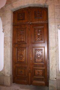 Porta Igreja